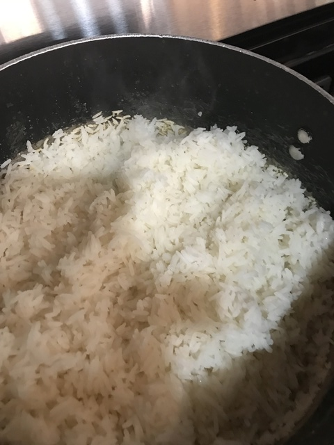 How to Cook Rice without a Rice cooker 86391810