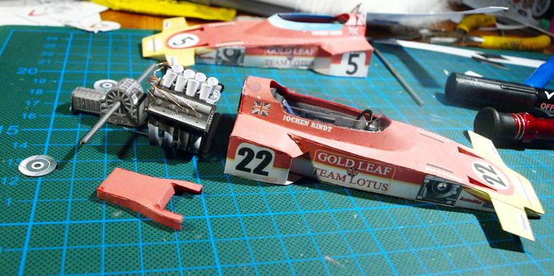 Fertig - Lotus 72 von Jochen Rindt 1970 freier Download von Papercraftsquare gebaut von Kubi P1014622