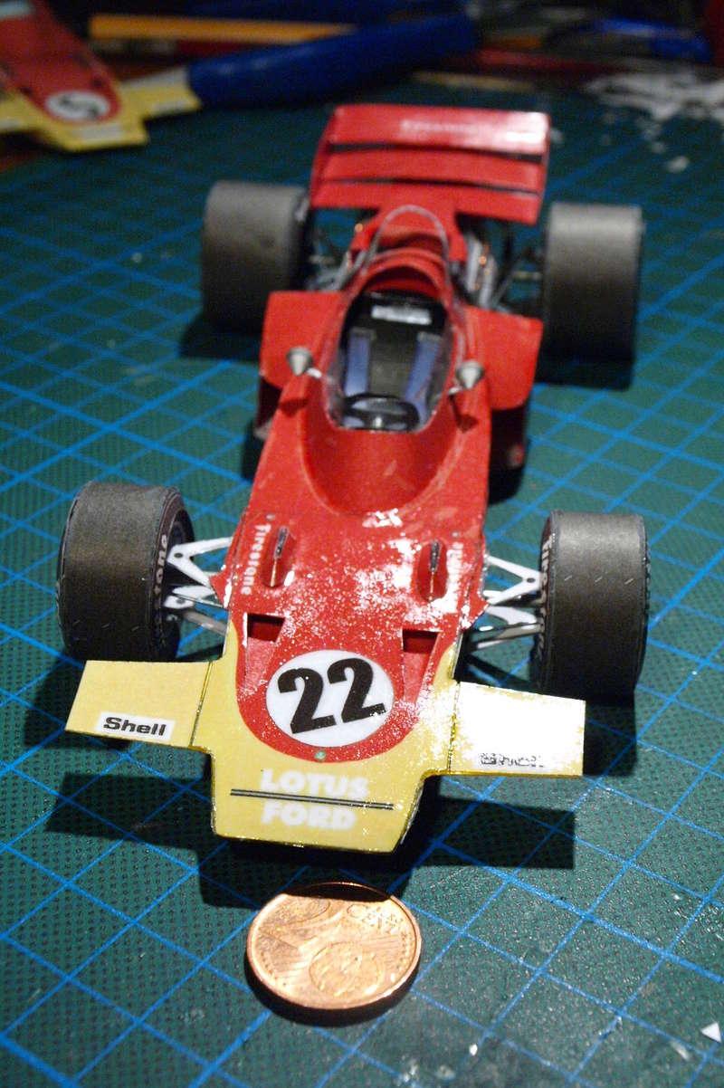 Fertig - Lotus 72 von Jochen Rindt 1970 freier Download von Papercraftsquare gebaut von Kubi P1014643