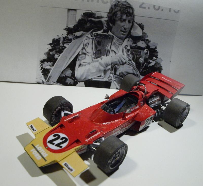 Fertig - Lotus 72 von Jochen Rindt 1970 freier Download von Papercraftsquare gebaut von Kubi P1014645