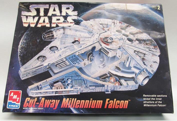 Faucon Millenium cut-away Cutawa10