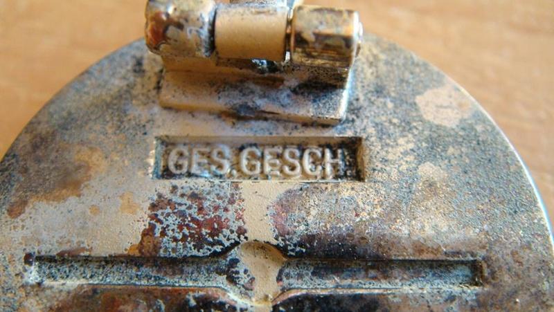 Authentification pin's NSDAP en or 0030b514
