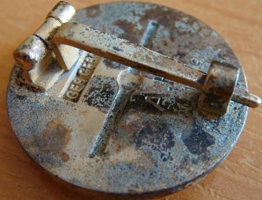 Authentification pin's NSDAP en or 3bd26112