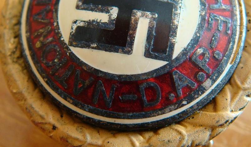 Authentification pin's NSDAP en or Da810c12