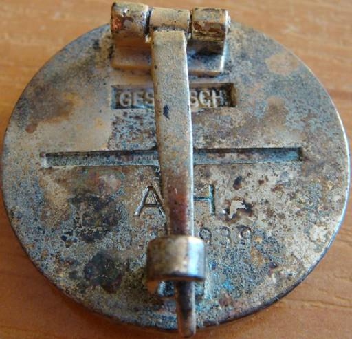 Authentification pin's NSDAP en or E1d13512