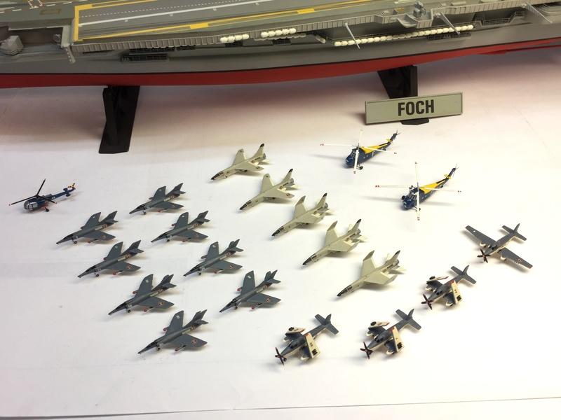 Porte-avions FOCH Réf 81071 Img_8622