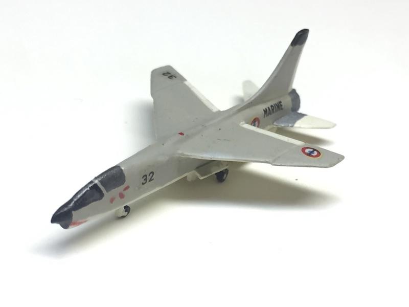 Porte-avions FOCH Réf 81071 Img_8710