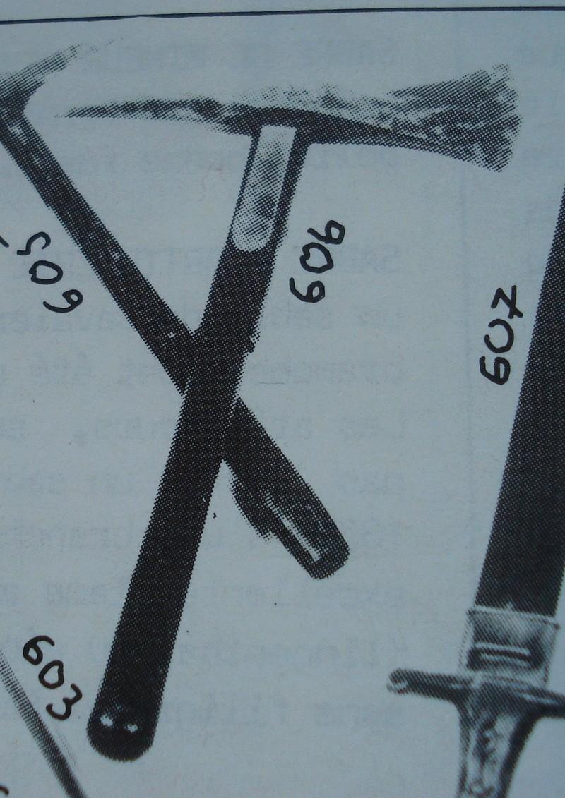 Les haches de bord  - Page 2 Hache_10