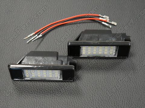 Bombillas de matricula: como cambiar las bombillas por led...paso a paso. - Página 2 Led-mo10