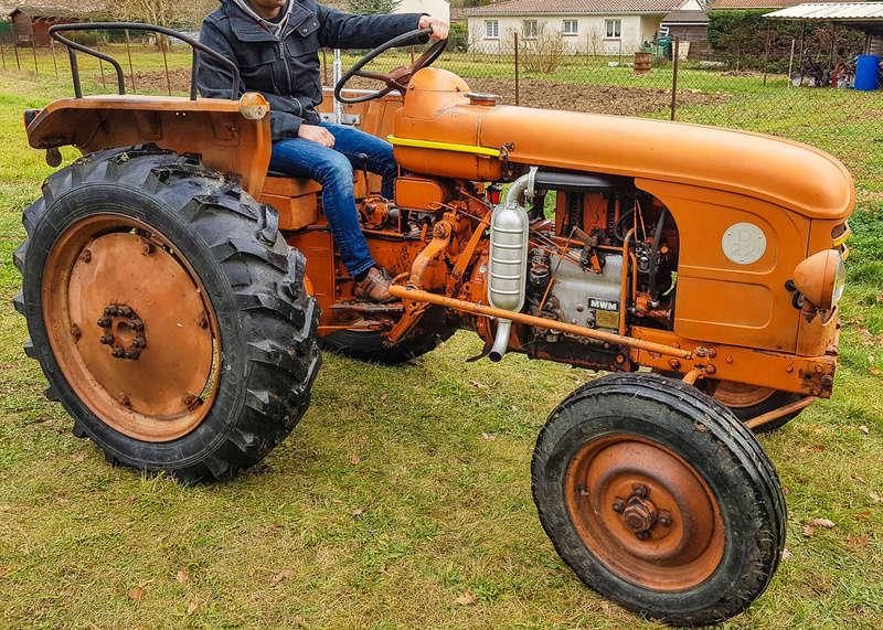 Mon premier tracteur, un D22 20180111