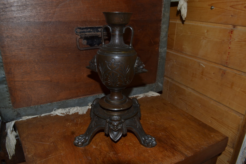 cassolette de style second empire en bronze d'inspiration grecque Dsc_0132