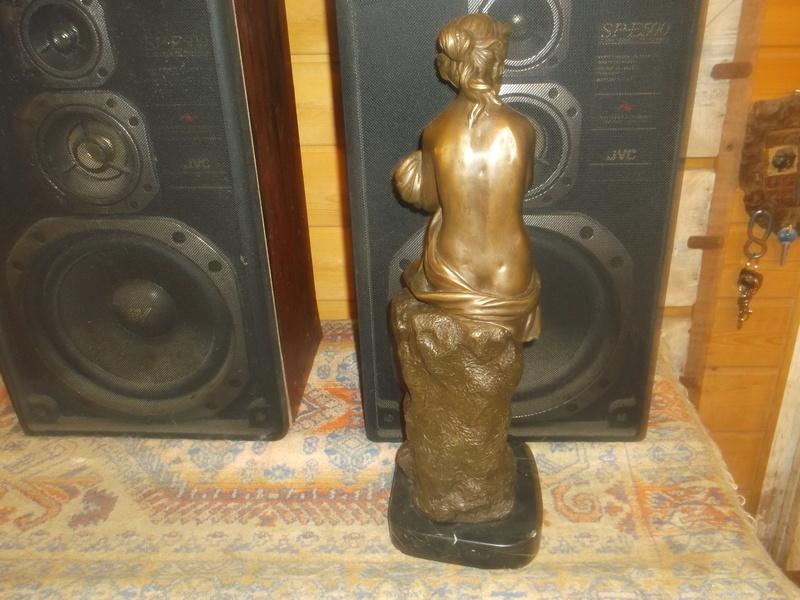 Bronze signé Auguste Moreau 1834-1917 Dscf5928