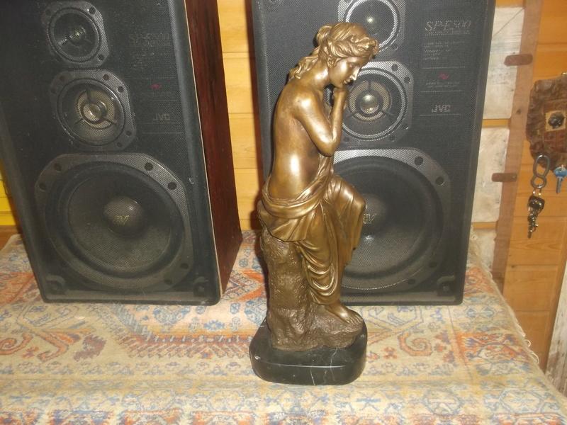Bronze signé Auguste Moreau 1834-1917 Dscf5929