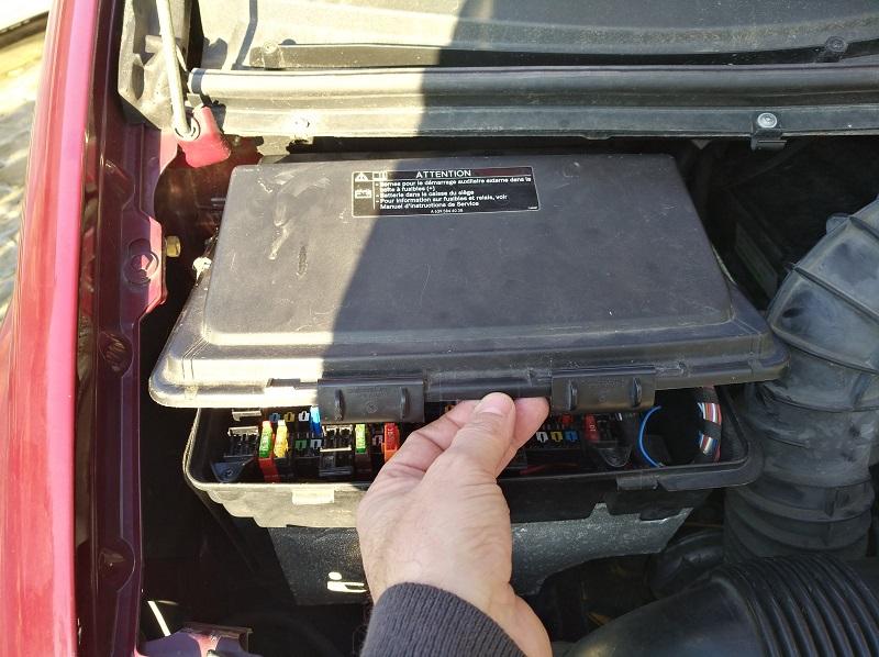 Démarrage moteur sur batterie aux ... 210