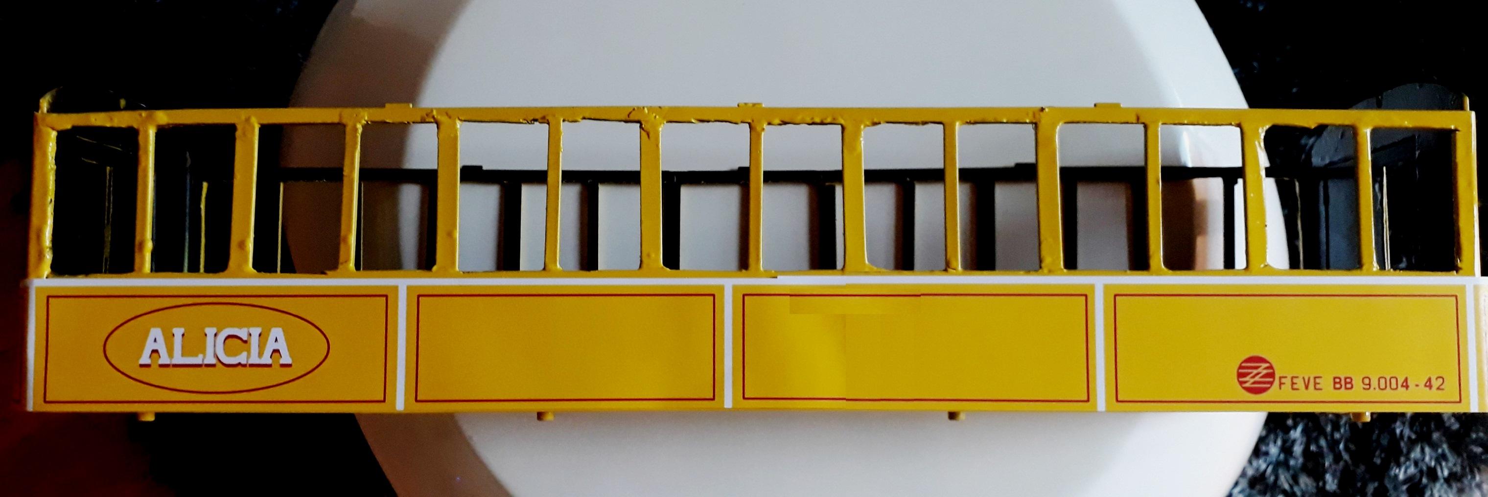 Construcció dels cotxes de viatgers Carcaixent-Dénia (Limón Exprès) a partir de vagons LGB - Página 4 Latera11