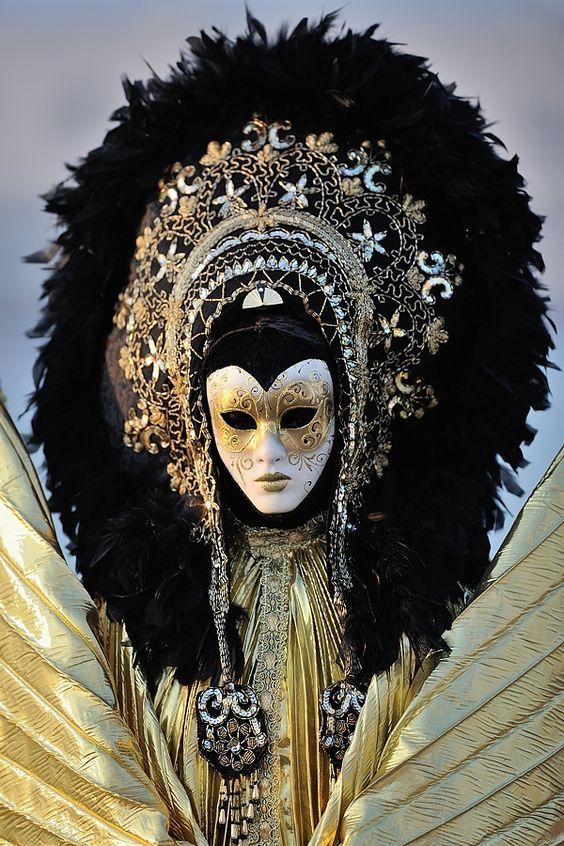 Le costume de carnaval vénitien 03a10410