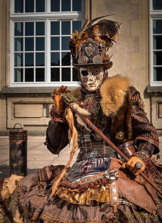 Le costume de carnaval vénitien 93eee610