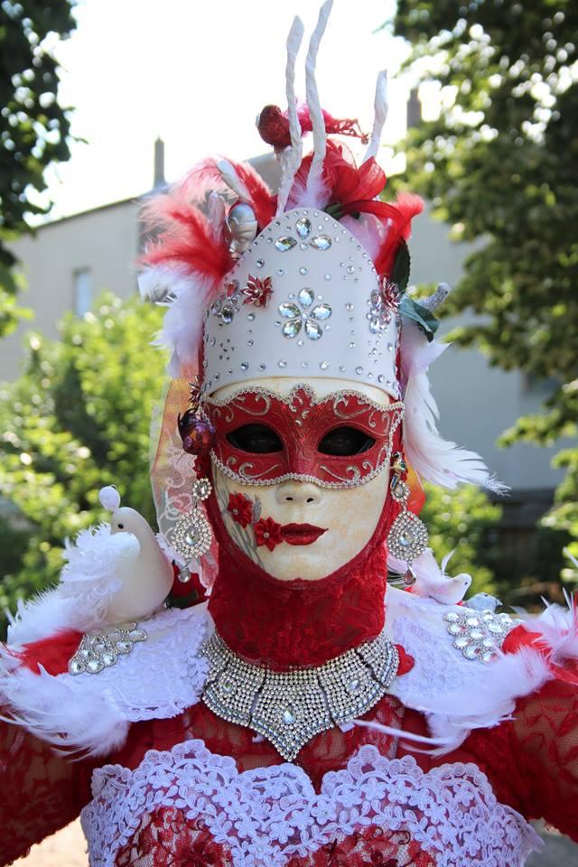 [terminé] la Reine Cardinal: 3e costume vénitien Photo_15