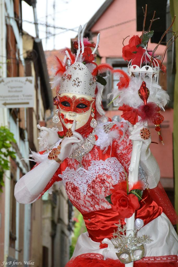 [terminé] la Reine Cardinal: 3e costume vénitien Photo_18