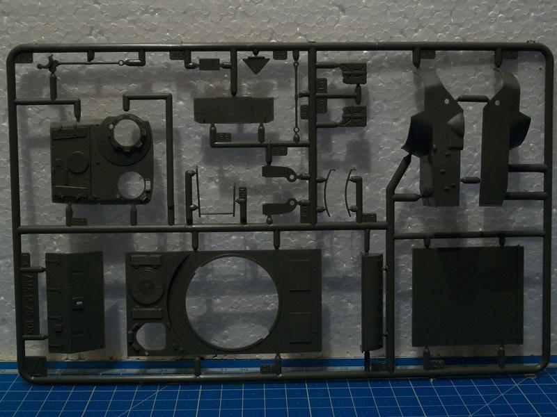 AMX 13 canon de 105 1/35ème Réf L 781 13-10530