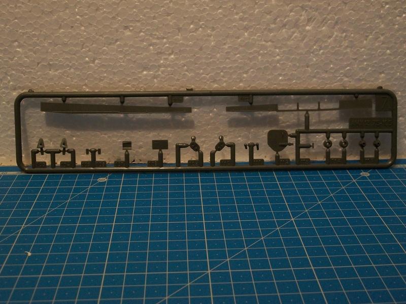 AMX 13 canon de 105 1/35ème Réf L 781 13-10532