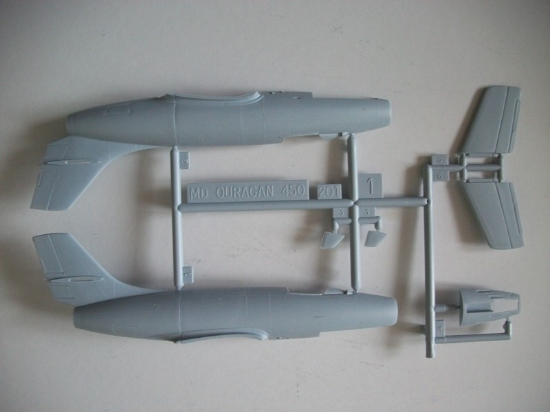 Dassault  MD 450 Ouragan ( Réf. 80201) 1/72 Md_our14