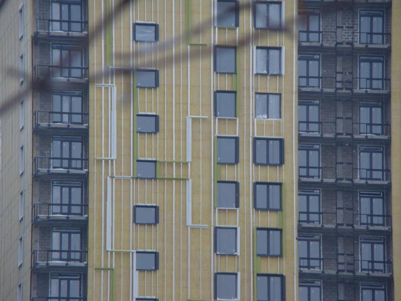 """На ЖК """"Летний сад"""" - начался монтаж фасадных конструкций! Теплозвукоизоляция под ними - лучше, чем у соседнего ЖК """"Город"""" - Страница 3 Dsc00114"""