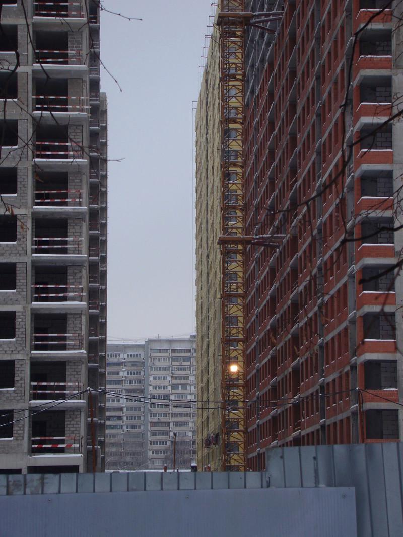 """На ЖК """"Летний сад"""" - начался монтаж фасадных конструкций! Теплозвукоизоляция под ними - лучше, чем у соседнего ЖК """"Город"""" - Страница 3 Dsc00117"""