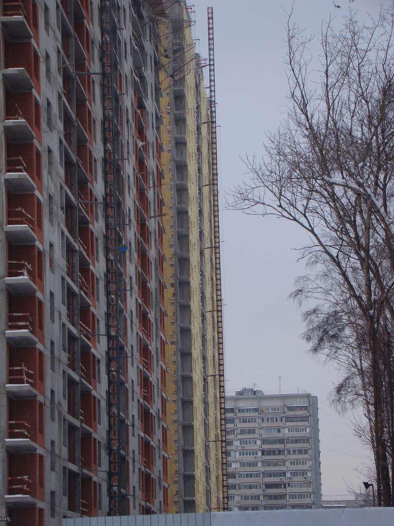 """На ЖК """"Летний сад"""" - начался монтаж фасадных конструкций! Теплозвукоизоляция под ними - лучше, чем у соседнего ЖК """"Город"""" - Страница 3 Dsc00217"""