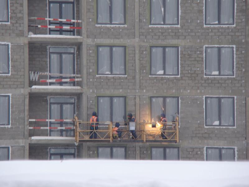 """На ЖК """"Летний сад"""" - начался монтаж фасадных конструкций! Теплозвукоизоляция под ними - лучше, чем у соседнего ЖК """"Город"""" - Страница 3 Dsc00221"""