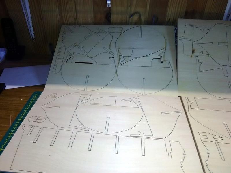 Hms Surprise 1/48 de chez artesania latina  par Model space  Img_2101