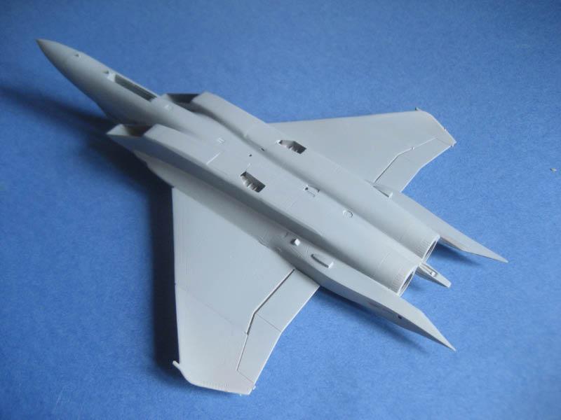 [Italeri] F-15 E Img_1149