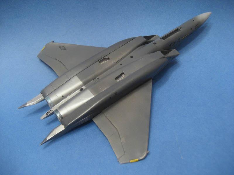 [Italeri] F-15 E - Page 2 Img_1210