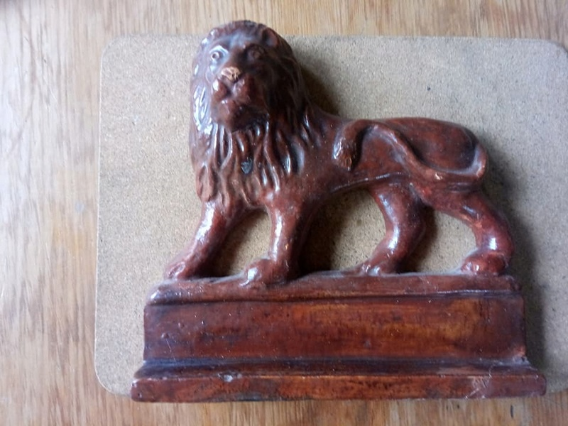 M. Exler & Son - Lion mantle ornament M_exle10