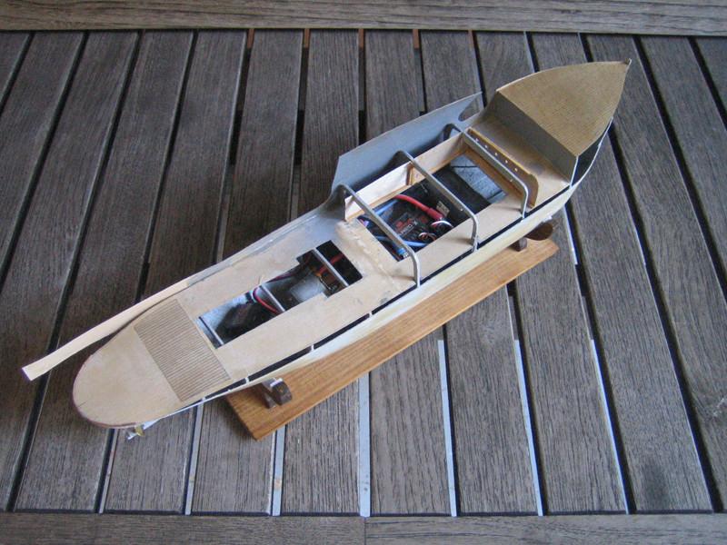 Le PAON, sister-ship du COQ, futur SAINT-CHARLES Paon_215