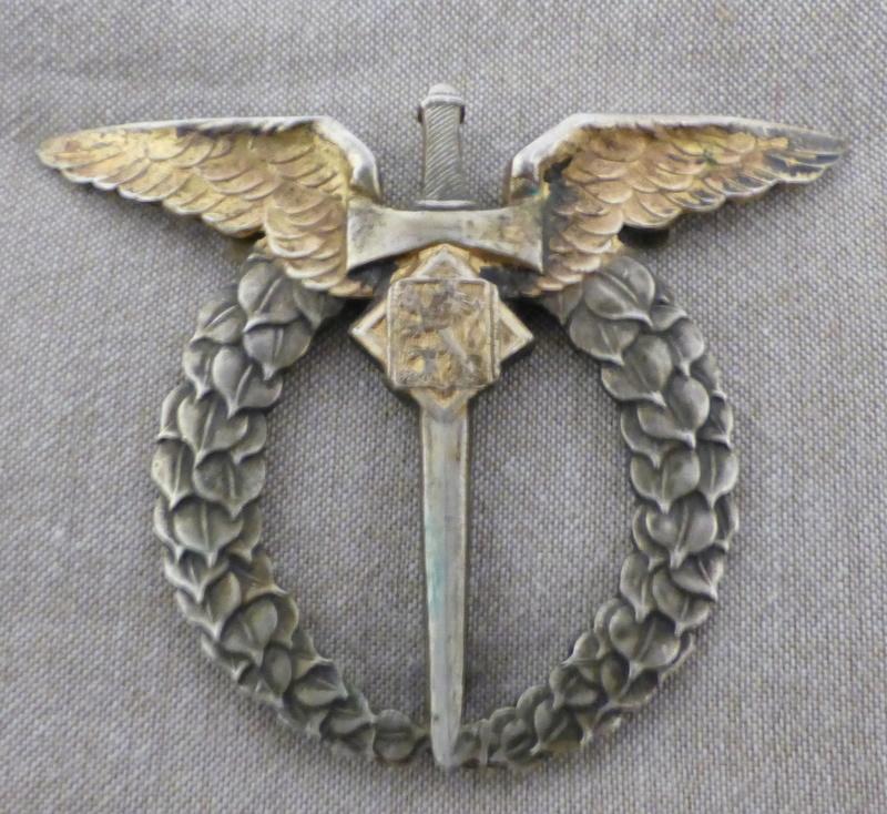 identification RARISSIME badge pilote tchèque WW2 P1020977