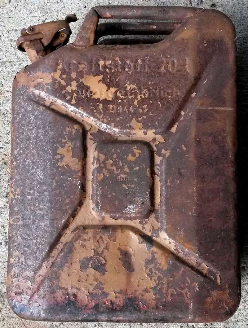 jerrycan allemand - Page 2 210