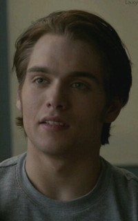 Dylan Sprayberry  - Page 3 Sprayv11