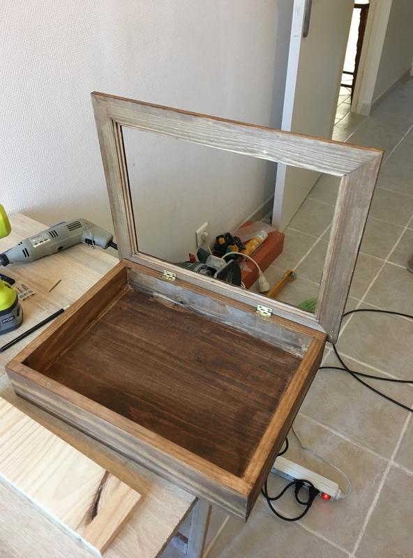 Un meuble à clefs pour la maison Img_0023