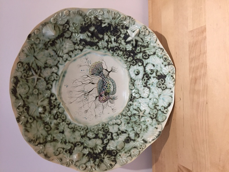 A beautiful sea themed bowl, china clay? Id help please Img_0615