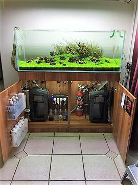 Une usine à gaz, façon aquarium... Usine_10