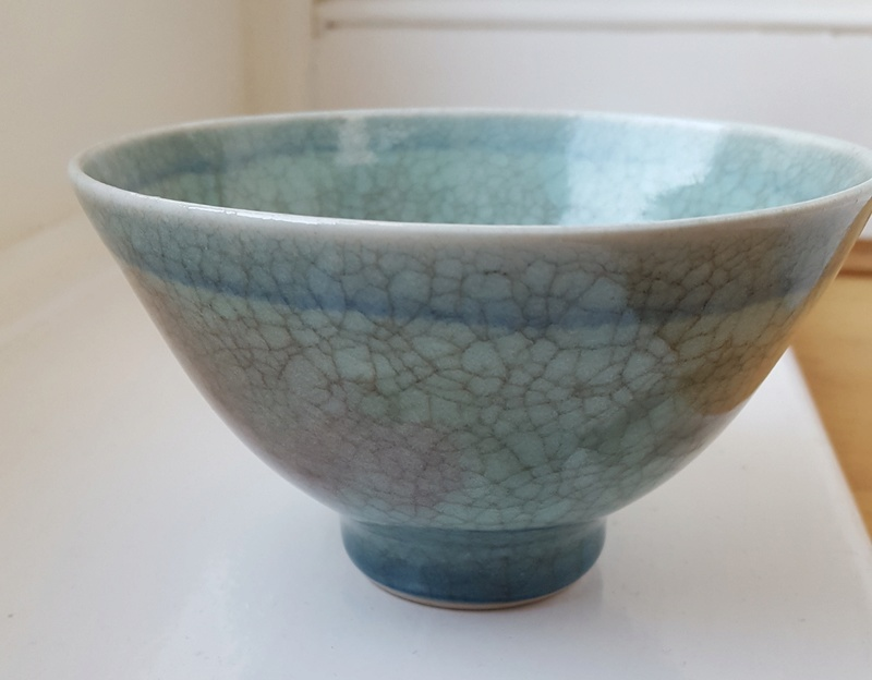 Small footed bowl No markings 20180310