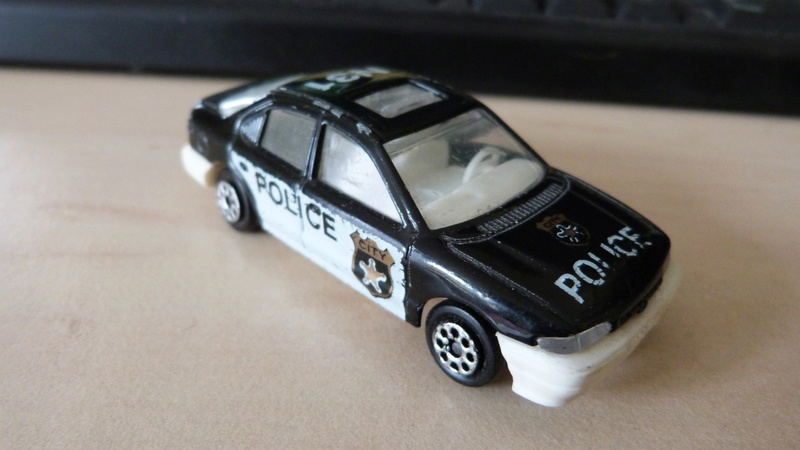 N°221S FORD MONDEO POLICE P1070214