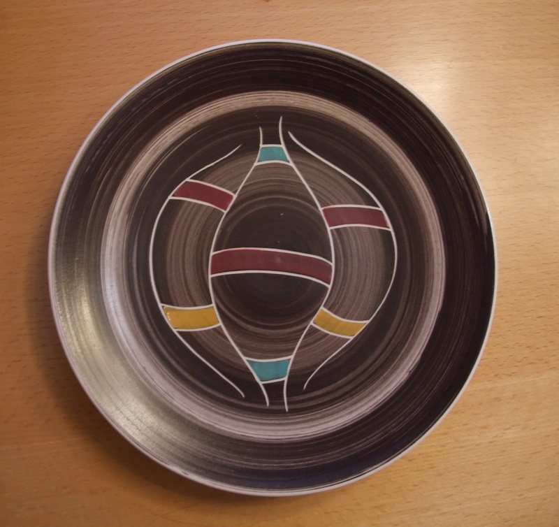 midcentury plate an cup - manufacturer unkown Plate-14