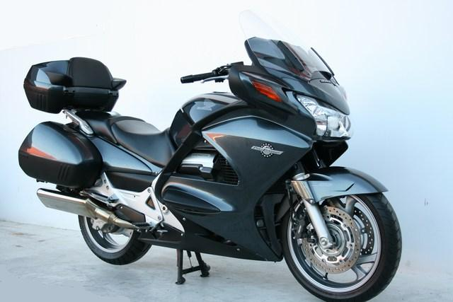 Se vende Paneuropean ST 1300 ABS 31460040