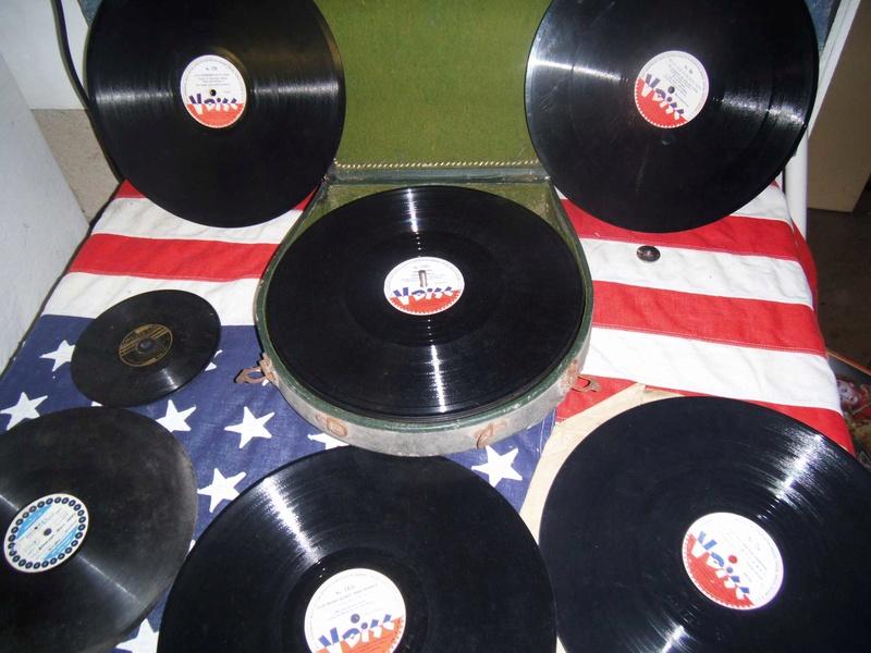 Bonne maison : Tourne disque US et V Disc !!! Us_19425