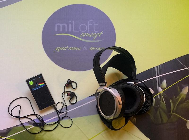 A Milano in B&B per ascoltare Stax 009 + ampli SRM-T8000, vari FiiO ed altro ancora. Img_2111