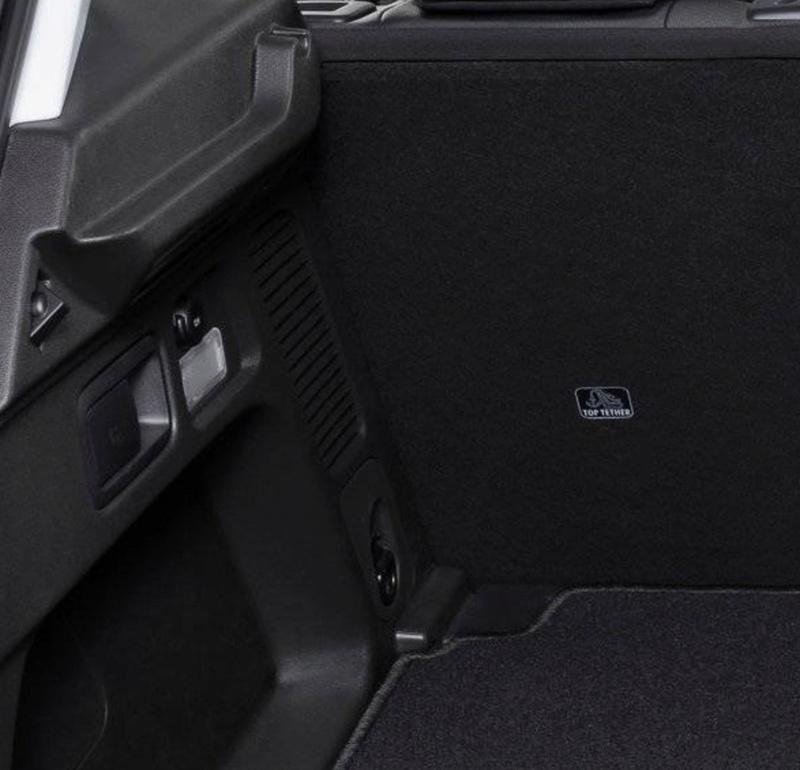 Info su luce nel bagagliaio posteriore Senza_12