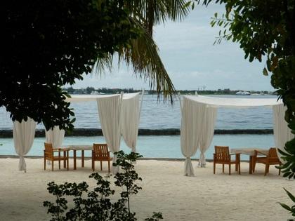 هنا تقع جزر المالديف شهر العسل 1152
