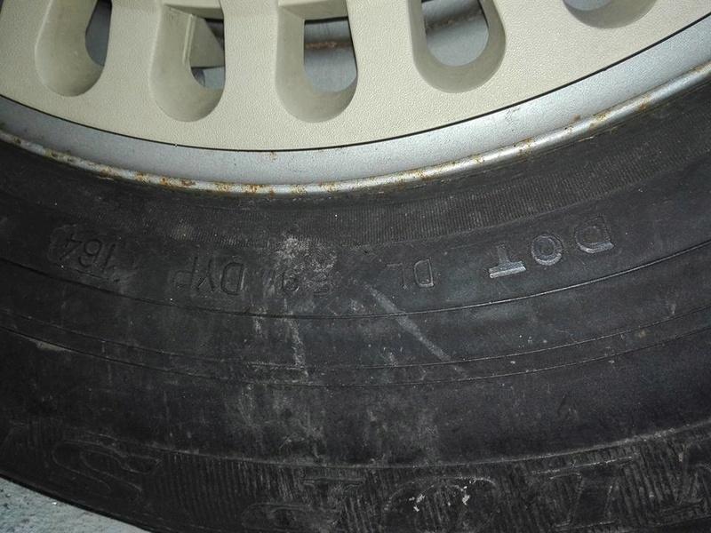 l'âge d'un pneu et les indices  29594811